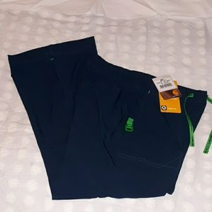 NWT Carhartt Cross-Flex Scrubs Navy Small Petite